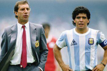 Bilardo junto a Maradona en la Selección Argentina.