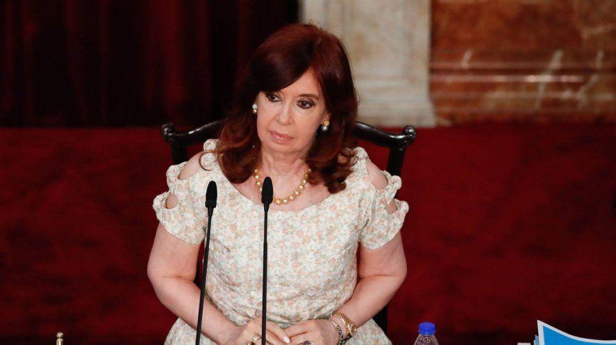 Cristina renunció a cobrar su sueldo