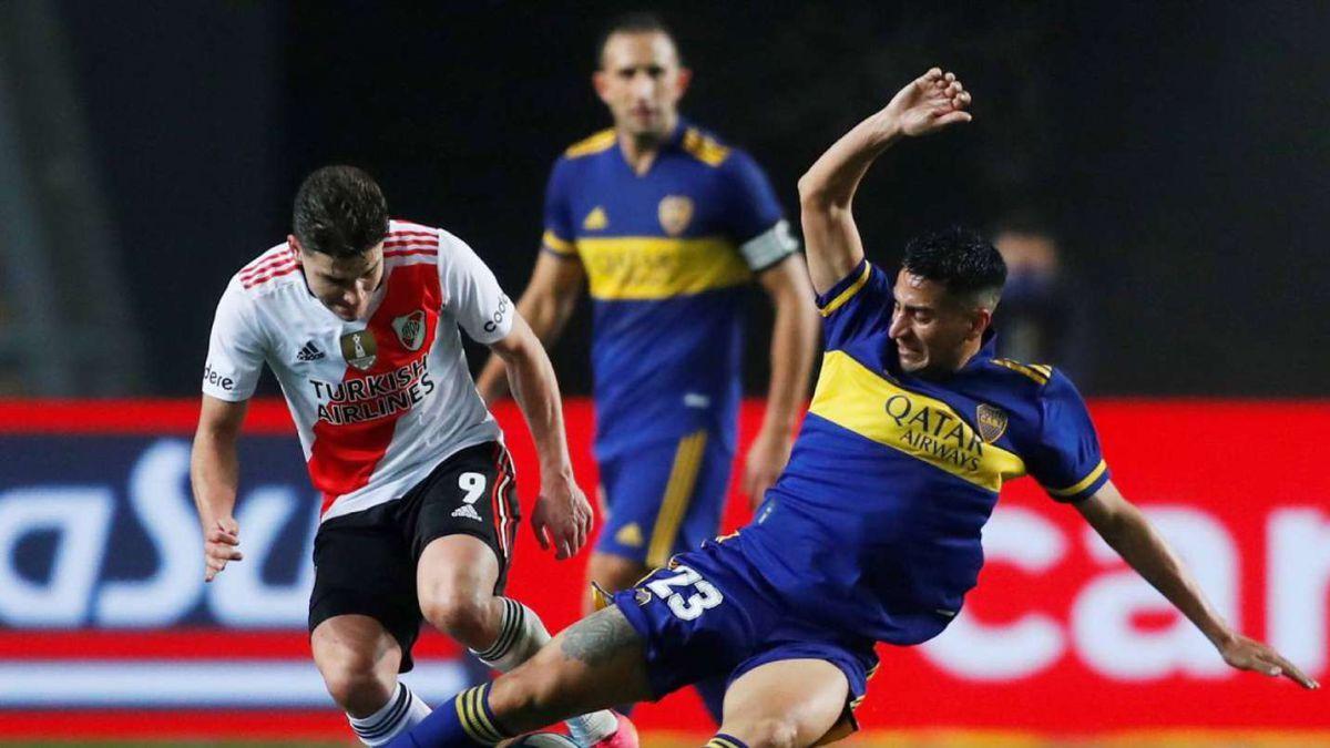 El clásico entre River y Boca podría ser el que marque el retorno de la gente a los estadios.