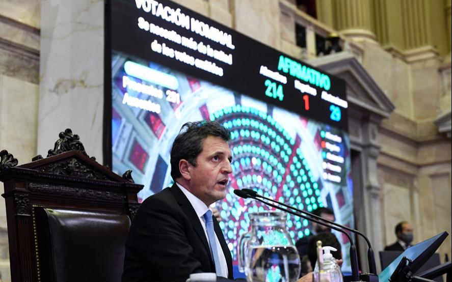 Diputados piden una sesión especial para tratar la ley de emergencia turística