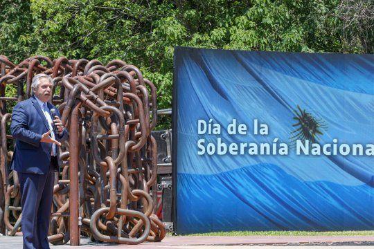 Día de la Soberanía: el presidente le mandó un mensaje entre líneas al FMI.