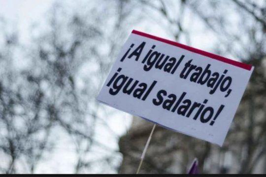 durante el gobierno de macri se profundizo la brecha de genero en los salarios y desocupacion