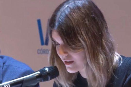 ?somos mujeres?: el emocionante relato de elvira sastre en el congreso de la lengua