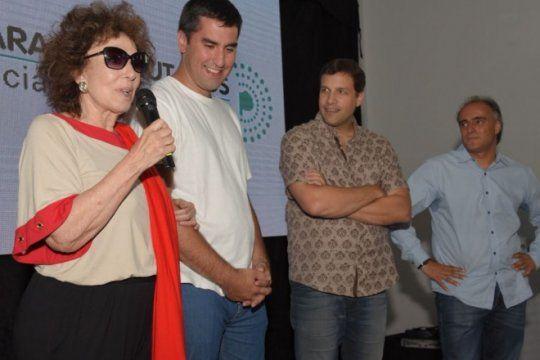 graciela borges recibio el premio maria elena walsh por su trayectoria, aporte a la cultura y labor solidaria