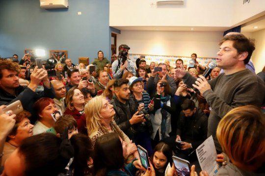 kicillof hara seis distritos en dos dias para levantar candidatos y revertir el corte de boleta