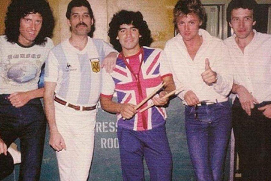 Diego Maradona junto a Queen