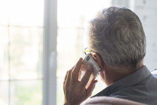 un jubilado de 84 anos cayo en un cuento del tio y perdio 50.000 pesos y 200 euros