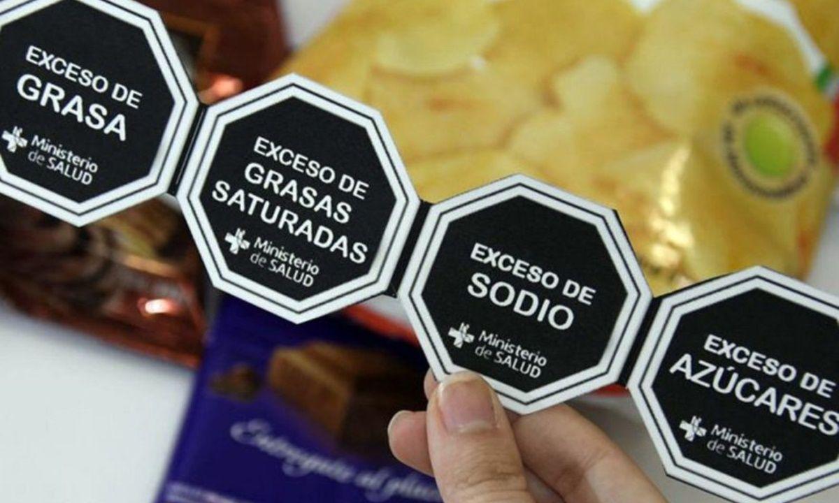 La Ley de Etiquetado Frontal en alimentos tiene en la actualidad media sanción del Senado.