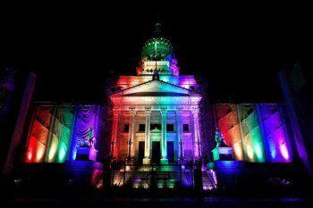 Organizaciones LGBTIQ+ celebran el decreto de cupo travesti trans y van por la ley