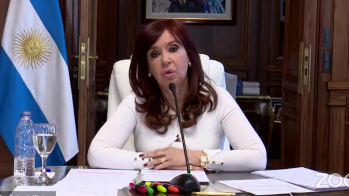 La vicepresidenta Cristina Fernández de Kirchner expuso sobre la causa del Memorándum con Irán y estallaron las redes.