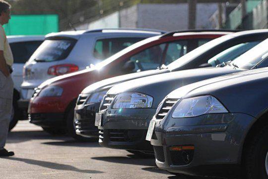 El movimiento de la venta de autos usados genera variación en los precios y falta de stock