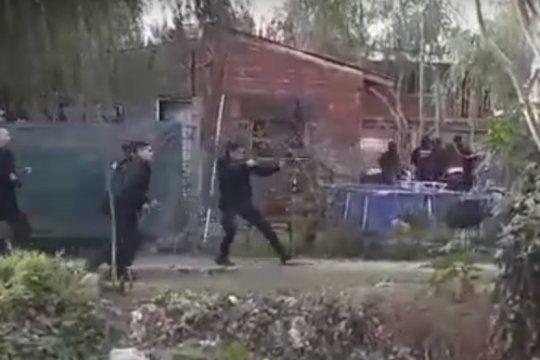 un operativo policial en tigre termino con ocho personas heridas por bala de goma