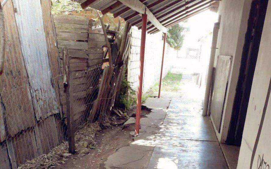 El otro paro: Miles de alumnos no empezaron las clases por graves problemas edilicios