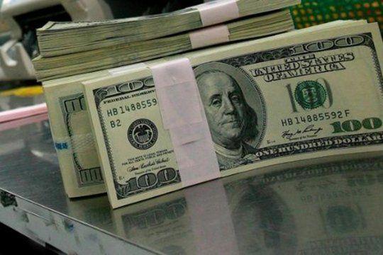 el dolar blue abrio la semana con estabilidad