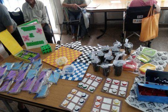 ?nunca es tarde para jugar?: internas de la carcel de magdalena donaron juegos a un asilo de ancianos