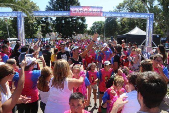mas de 10 mil personas participaron de la maraton a beneficio del hospital de ninos de la plata