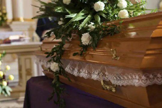 Murió la mujer de 89 años que había abierto los ojos cuando estaban por cremarla.
