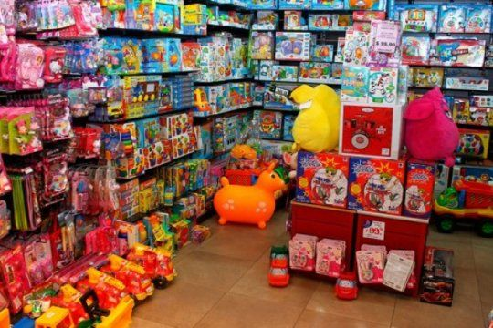 dia del nino: enterate cuales son los 11 juguetes que llegan con precios cuidados