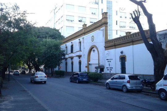 Un policía fue atacado en 60 y 115 de La Plata