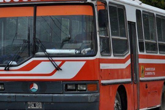 se quedaron sin transporte para asistir a clases: piden que interceda provincia