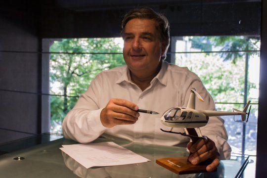 Leonardo Spokojny es el titular de Beech Flying S.A., la empresa dueña del helicóptero con el ploteo de la Policía Bonaerense que apareció en Paraguay.