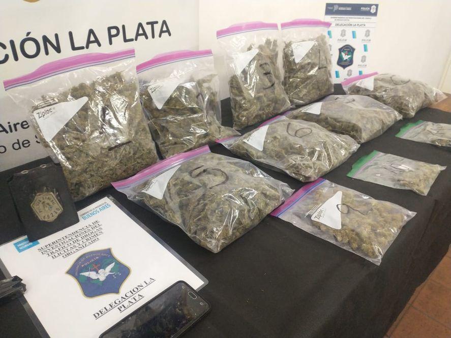 Persecución, choque e incendio: cayó un policía federal acusado de vender drogas