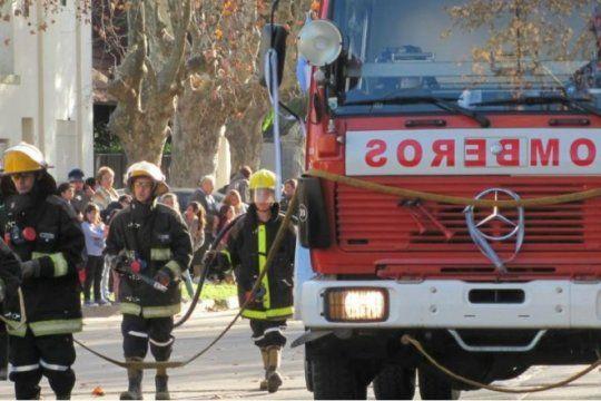 bomberos advierten sobre el ajuste: ?asi tarde o temprano los cuarteles se volveran obsoletos?