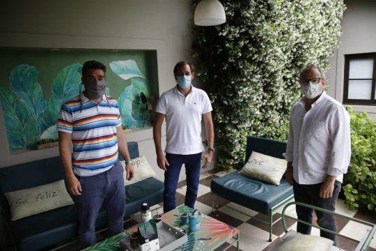 Julio Garro y Diego Valenzuela en la casa de Javier Iguacel. El Grupo Dorrego en Capitán Sarmiento.