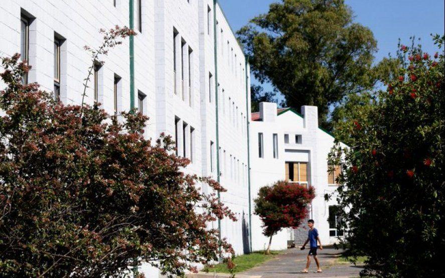 ¿Querés ir al Albergue Universitario? Enterate dónde y cómo podés inscribirte para conseguir la beca