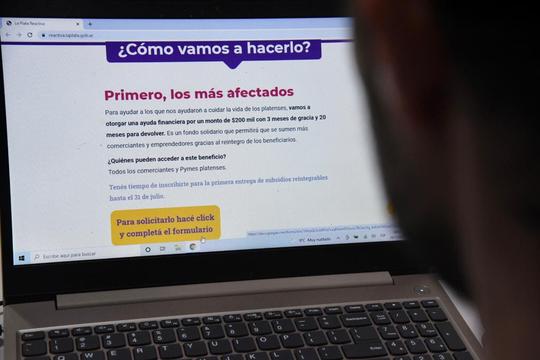 En La Plata abrió la inscripción a los programas de ayuda financiera que buscan reimpulsar la economía.