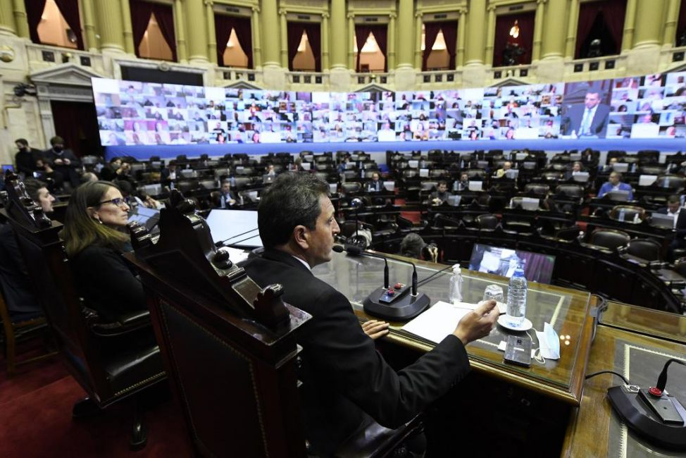 diputados y senadores analizaron sistemas de adopcion