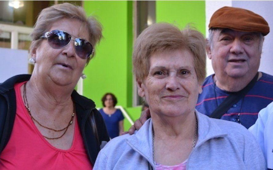 Jubilados que cobran la mínima y beneficiarias de AUH tendrán $700 de reintegro mensuales en sus compras