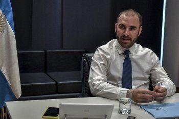 Guzmán recibió a la misión del FMI para renegociar la deuda
