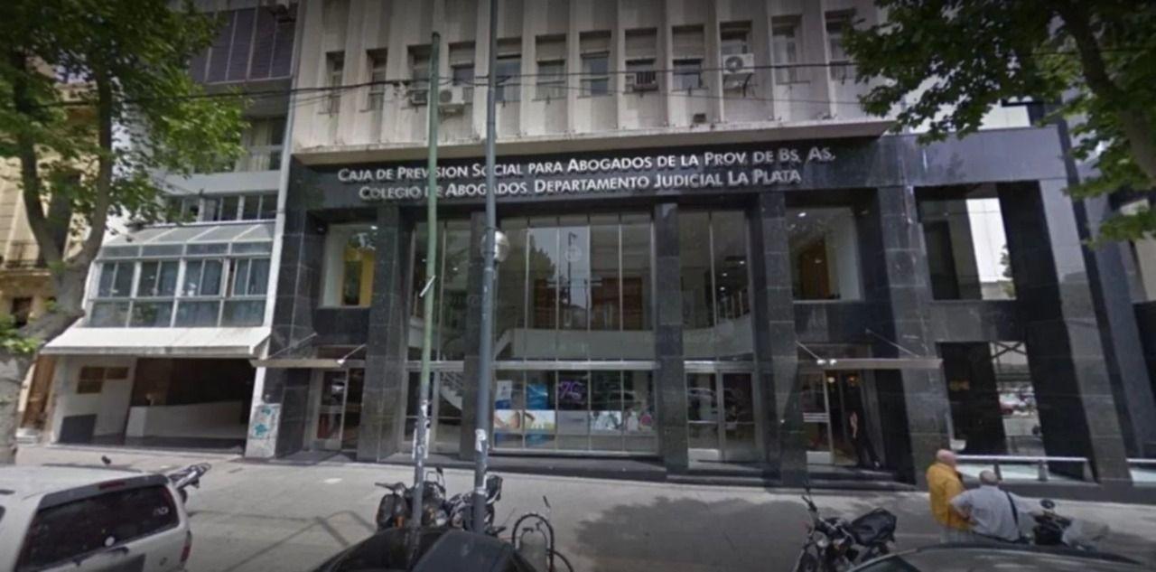 La fachada del Colegio de Abogados de La Plata