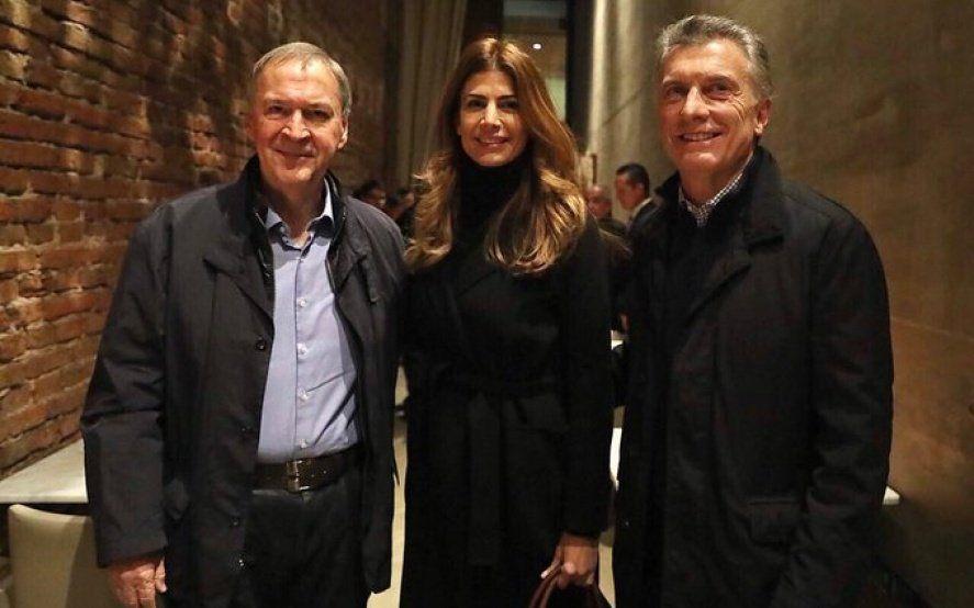 Momento incómodo para Macri: fue a cenar con Schiaretti y un hombre lo increpó por la situación económica