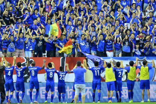 La vuelta de los hinchas de en China es la gran noticia futbolera de la jornada