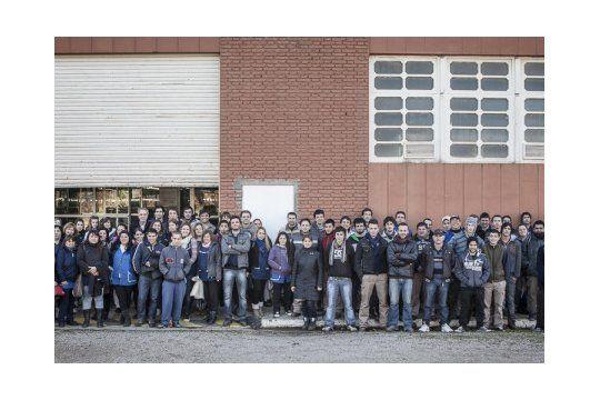 Trabajadores de la Fábrica de Textiles de Pigüé que elaborarán productos anti Covid19