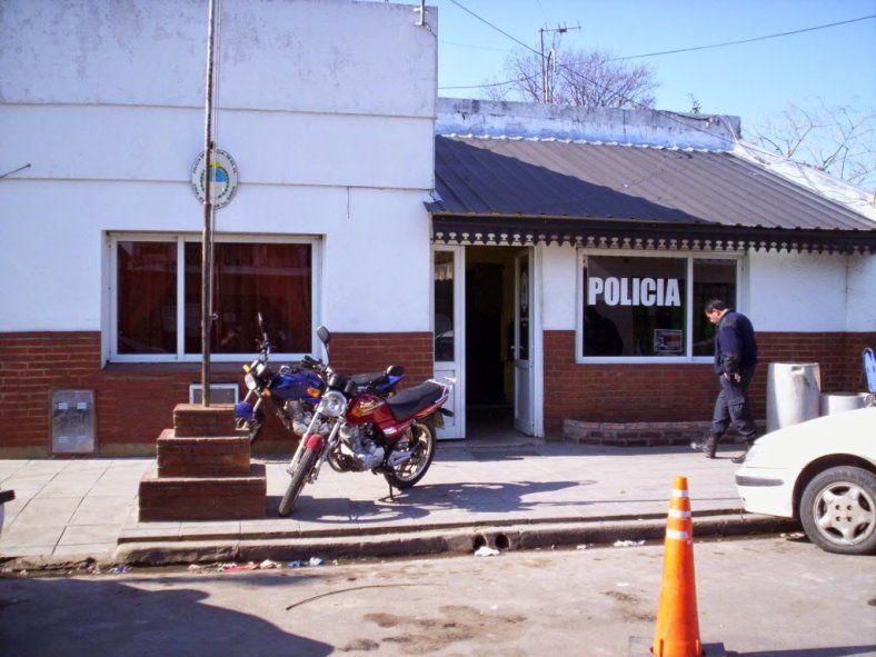 De esta comisaría se fugaron siete detenidos