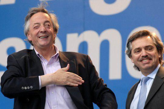 Néstor Kirchner junto a quien fuera su jefe de Gabinete: Alberto Fernández, presidente de la Nación.