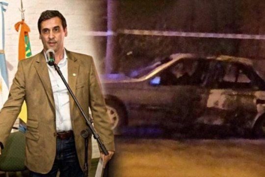 El cuerpo del presidente del Consejo Escolar del municipio de Berazategui fue encontrado parcialmente carbonizado en un vehículo