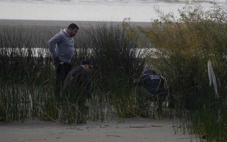 Misterio y terror en Ensenada: hallan más restos de una niña en la playa de Punta Lara