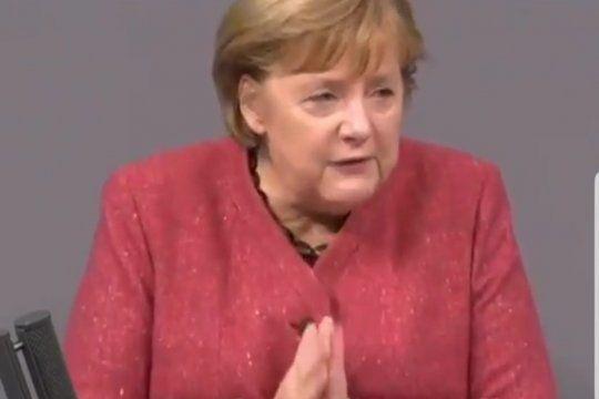 Merkel suplicó a los alemanes cuidarse de tener contactos con otras personas durante diciembre y enero
