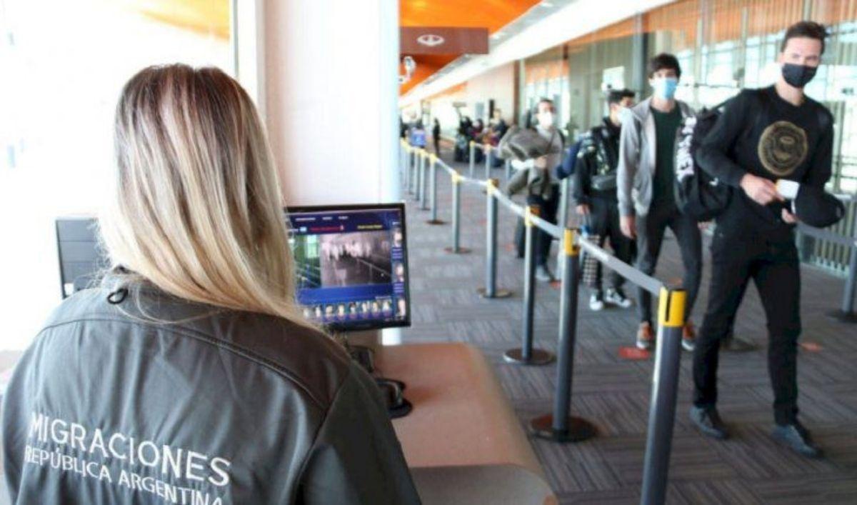 migraciones exhorta a todas las provincias a alojar pasajeros en hoteles