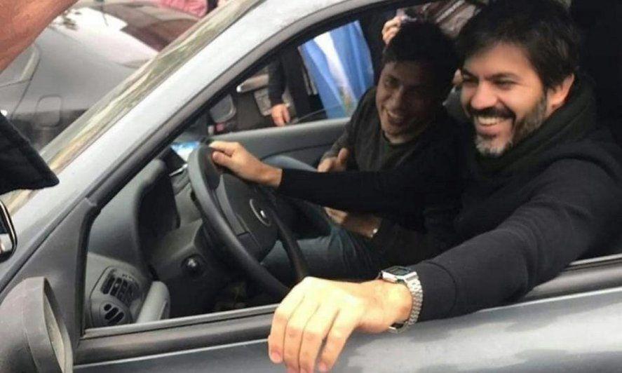 Durante la campaña de las elecciones 2019 Axel Kicillof y Carlos Bianco recorrieron la provincia de Buenos Aires en un Renault Clío.