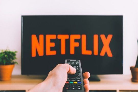 netflix confirmo el aumento del 35% en su servicio
