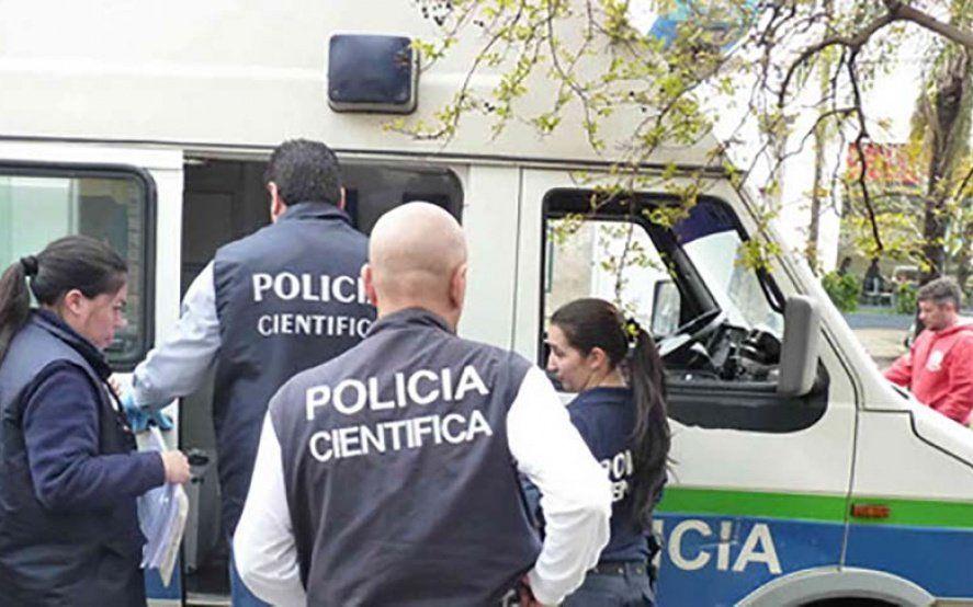 Inseguridad en González Catán: matan a balazos a una policía y le roban el arma reglamentaria