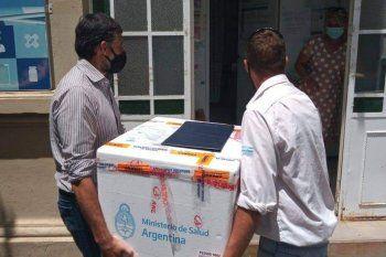 Las 450 dosis de la vacuna Sputnik V, el día que llegaron a San Andrés de Giles.