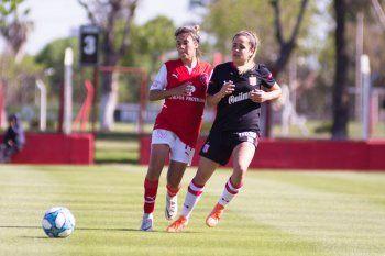 Estudiantes igualó 2-2 en su visita a Independiente por la fecha 8 del fútbol femenino de AFA.
