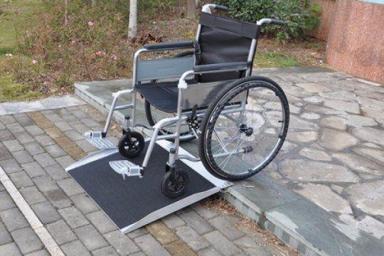 polemico: hoteleros presentaron un amparo por la ley que los obliga a adecuar instalaciones para discapacitados