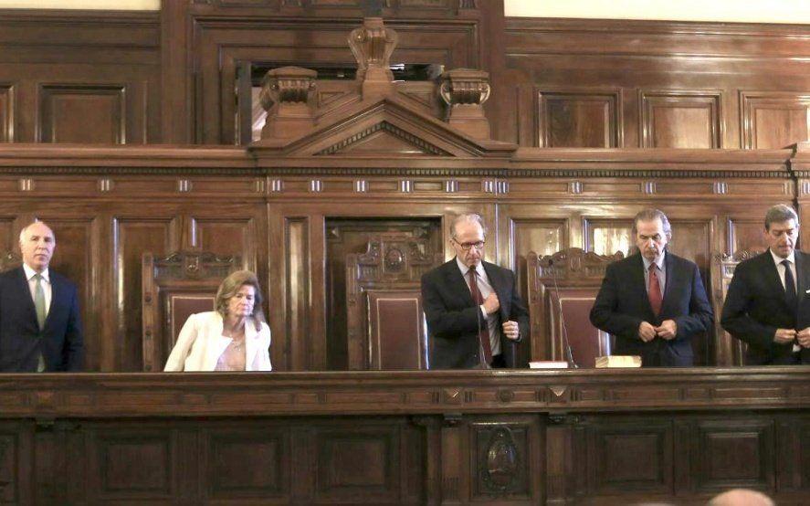 La Corte Suprema estableció límites en las escuchas y pidió una ley para su uso